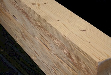 Spruce steamed, structural composite lumber, glue-laminated timber, chopped und lightly grinded